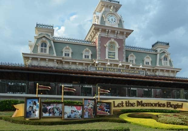 Disney World Opening Hours